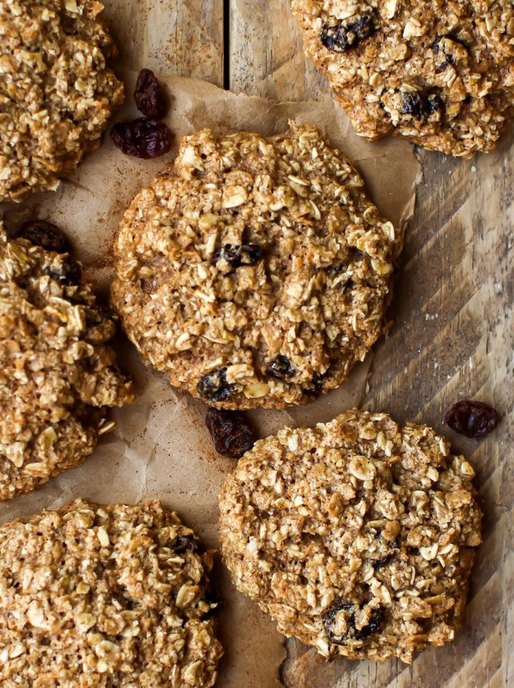 OIL-FREE OATMEAL RAISIN COOKIES (VEGAN + GF) // One Degree Organic Foods Sprouted Ancient Maize Flakes