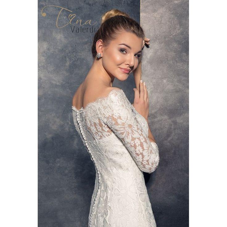 Dlhé celočipkované svadobné šaty