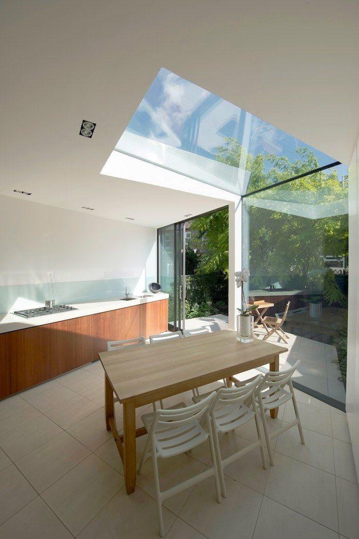Hienosti suunniteltu valon käyttö.  Modern And Very Stylish Edwardian Terrace House Extension | DigsDigs