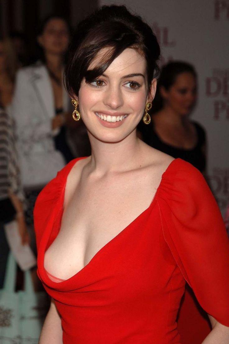 Celebrity boob slip photo