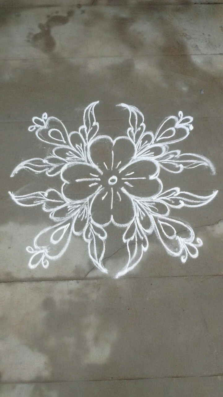 401 best kolam images on pinterest mandalas rangoli for Floor rangoli design