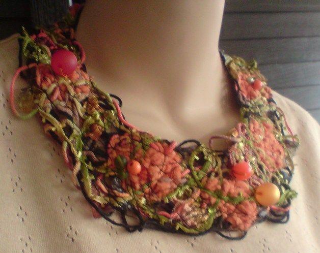 Halsbänder - Einzigartige Kropf und Halsbänder bei DaWanda online kaufen