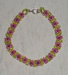 Seed Bead Daisy Chain - JEWELRY AND TRINKETS: Bead Patterns, Beads Necklaces, Daisies Chains, Beadwork Ideas, Beads Patterns, Beads Daisies, Seeds Beads Bracelets, Daisy Chains, Crafty Ideas