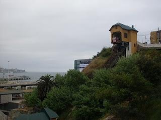 Desde el sur del mundo: Valparaíso, un Puerto Mágico Asensor Barón