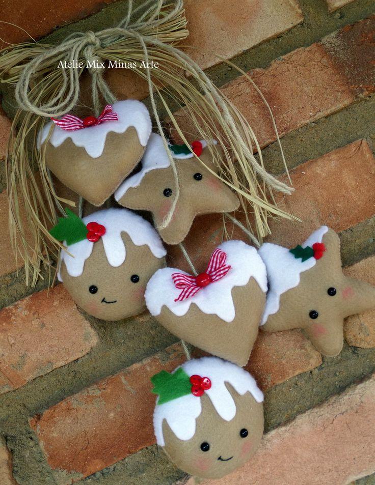 Enfeite de porta com pingentes com o tema de Natal.  Peça decorativa super charmosa e diferente para seu lar, escritório ou consultório.