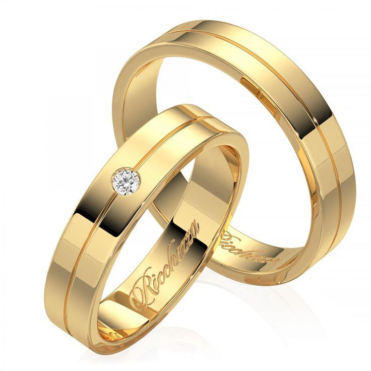 Обручальные кольца из комбинированного золота это не только дань моде, но и способ сочетать обручальное кольцо с украшениями из драгоценного металла любого оттенка. Глянцевые обручальные кольца имеют невероятный блеск и праздничное сияние каждый день. Кольца с глянцевой поверхностью очень просты в уходе и неприхотливы в использовании. Обручальные кольца с бриллиантами - это ,безусловно, уже традиция. Кольца украшают