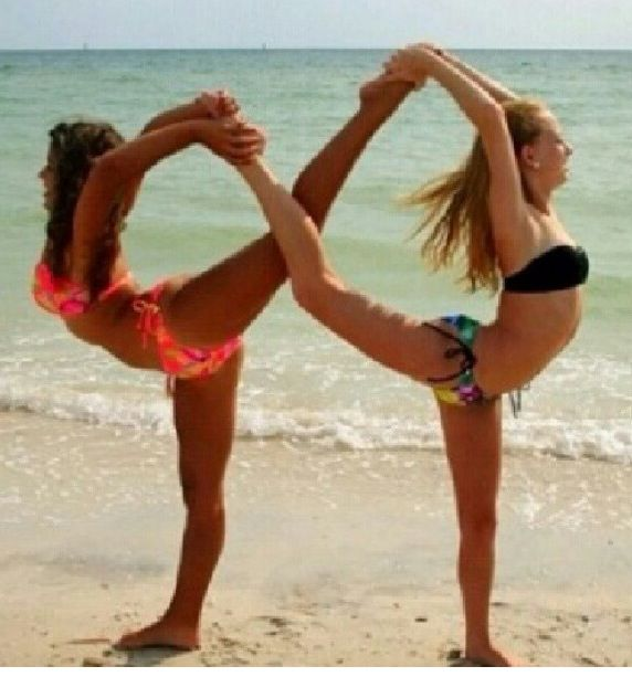 Best friend picture idea infinity symbol using your legs so cool