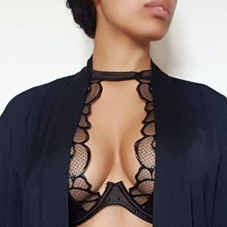 Seriously though, the details on my chesticles ... MYLEENE KLASS
