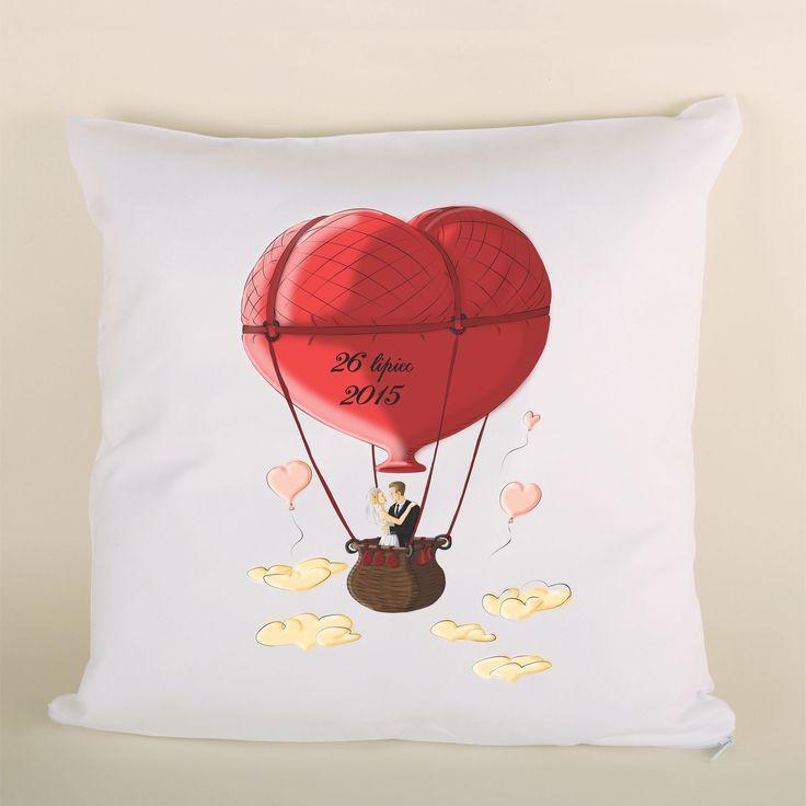 Poduszka ślubna balon serce to doskonały prezent dla bliskiej osoby.