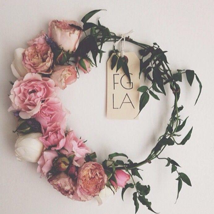 Kelsey Harper aka Flower Girl Los Angeles to host a flower crown making workshop at the LUX / EROS Lodge March 28. #flowercrown #diy @flowergirllosangeles @luxeros