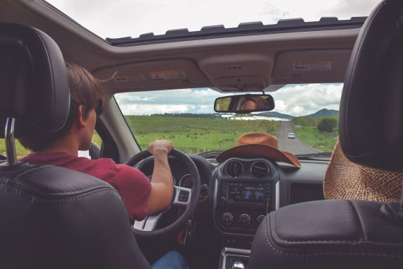 Top Ten Tips For Long Road Trips - With your partner