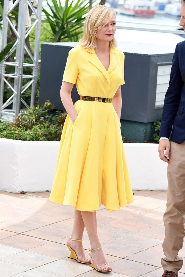 kirsten dunst usa look amarelo no primeiro dia de cannes