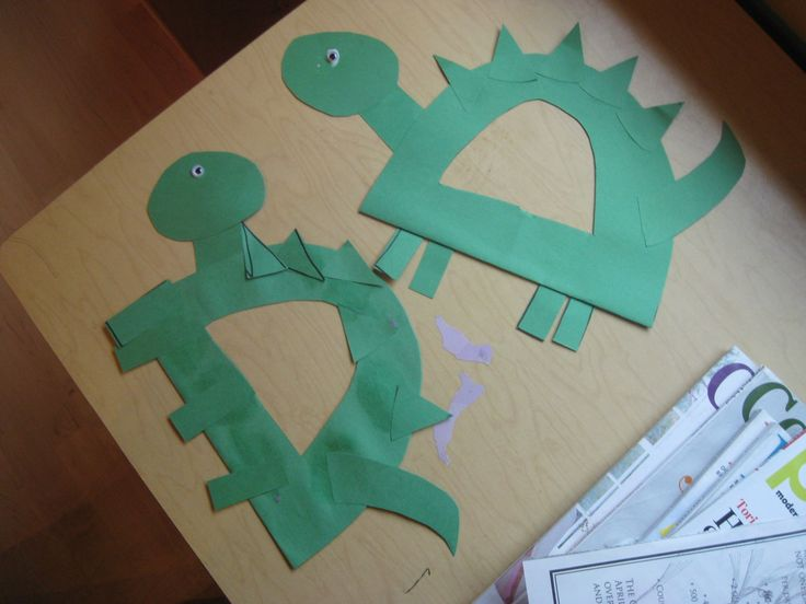 preschool paper crafts | opted for Kiboomu's Elephant Handprint craft for the letter E ...