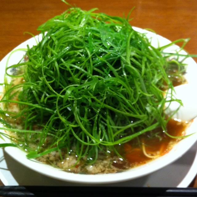 seaweed salad. loove seaweed salad | trynna health | Pinterest