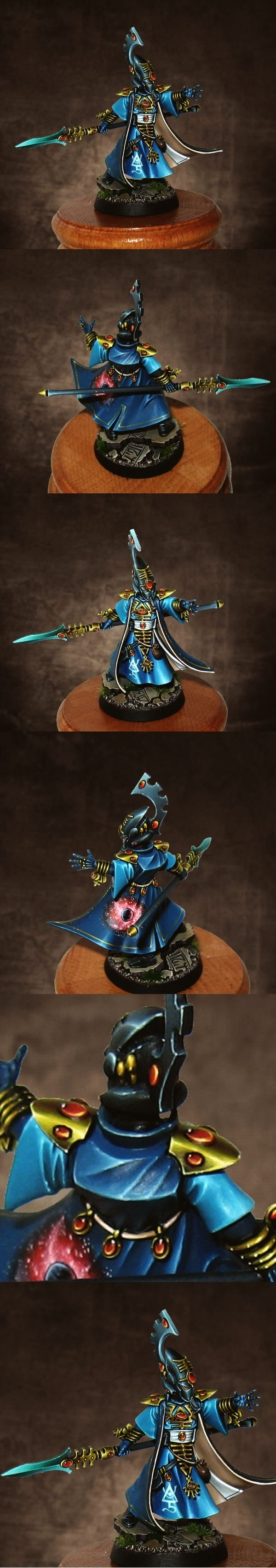 Warhammer 40K Eldar Farseer. Close-ups. Spectacular paint job on that one
