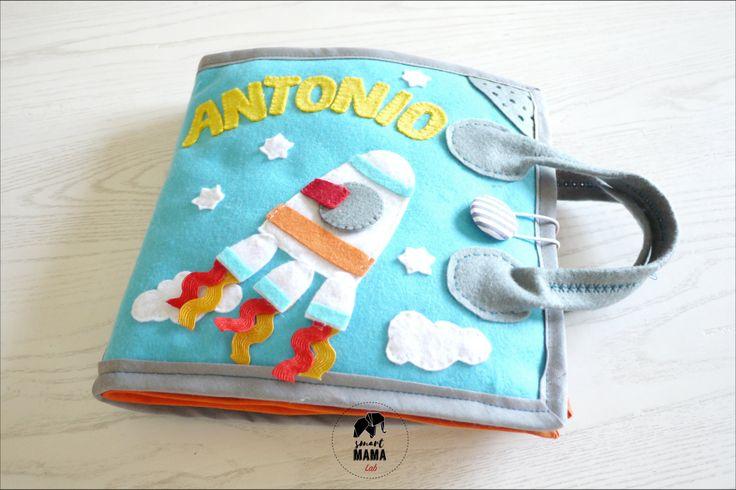 Quiet book Bambino 2-5 anni - Libro di stoffa realizzato a mano, busy book, libro attività gioco da viaggio, Montessori, personalizzato di SmartmamaLab su Etsy