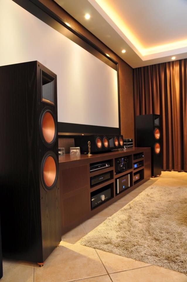 theater room best 25 klipsch home theater ideas on pinterest home theaters