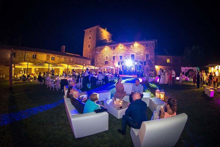 Wedding venue in Tuscany, Elegant countryside summer wedding in Tuscany