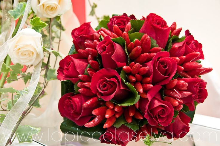 Matrimonio con rose rosse | La Piccola Selva fiorista & floral designer