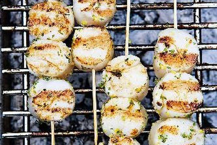 Das Rezept für Jakobsmuscheln am Spieß mit allen nötigen Zutaten und der einfachsten Zubereitung - gesund kochen mit FIT FOR FUN