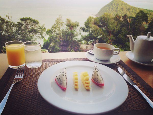 Enjoying breakfast and the amazing view #breakfast #healthylifestyle #fruitbowl
