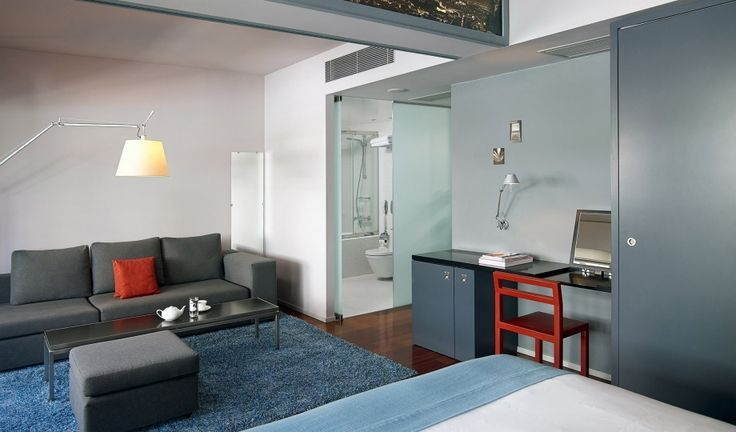 Looking for a chic yet minimal Design Hotel downtown Athens? Periscope Hotel is your best choice!