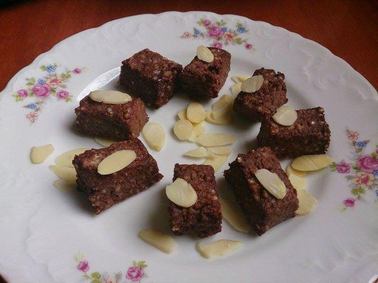 Kostki migdałowo – kakaowe