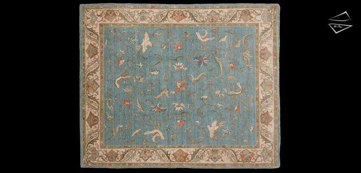8x10 Bird Design Rug
