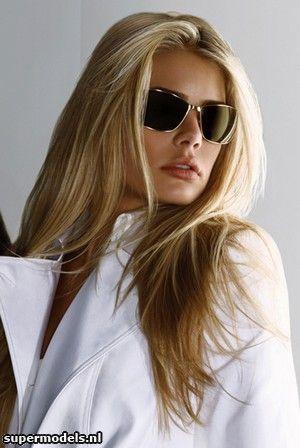 Picture of Tori Praver