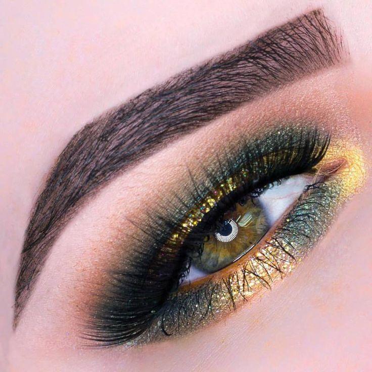 Machiaj de ochi in tonuri de verde si galben stralucitor. #MachiajStralucitorOchi #FardDePleoapeStralucitor