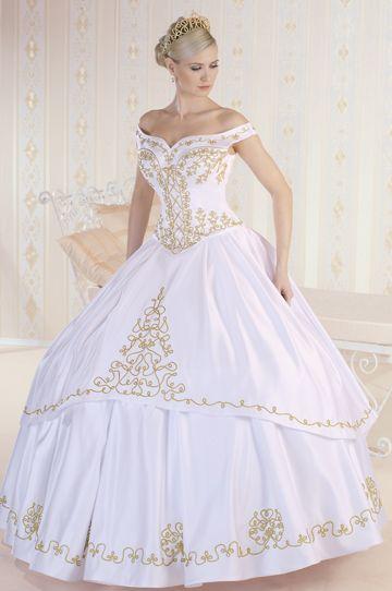 275/B- Elegánsan hercegnős arany zsinórral díszített menyasszonyi ruha