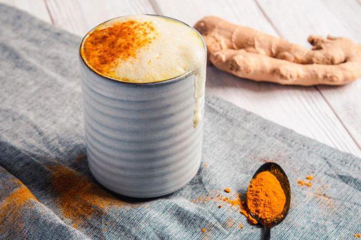 Zubereitung von Golden Milk – die gesunde Art, Milch zu trinken - TRAVELBOOK.de
