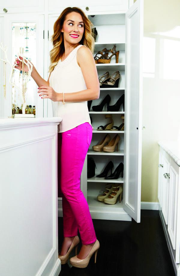 lc lauren conrad: white tank, hot pink pants, neutral heels.