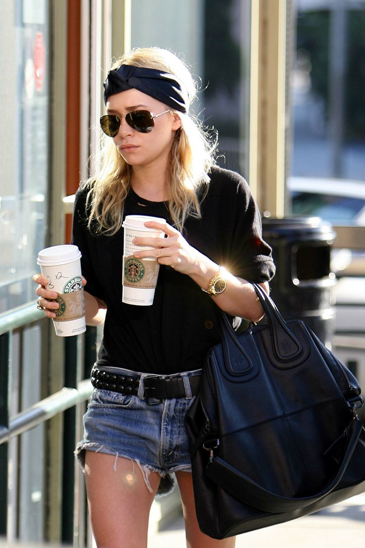 Coffee cups are not accessories. Oh, but in the Olsen twins' world, they are — as seen here, where they add a certain je ne sais quoi to an otherwise-basic outfit. The Olsens have never been ashamed of showing their caffeine addiction to the world — there's a reason no Mary-Kate or Ashley Halloween costume would ever be complete without two Venti cups! (Bonus points for Mary-Kate's much-mourned turban phase.)