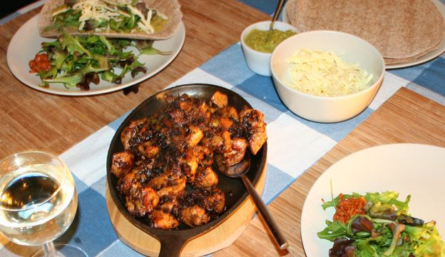 Lewy's Chilli Chicken Fajita Recipe - serve on a red hot cast iron sizzler platter/pan