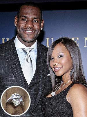 LeBron James' fiance, Savanna Brinson: pear-shaped diamond with baguettes my dream ring