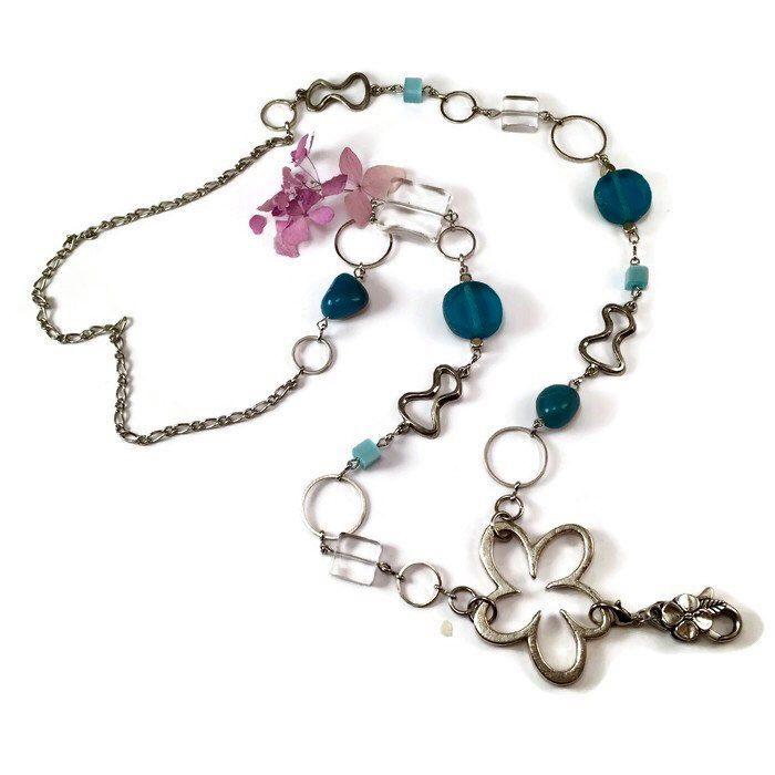 Le chouchou de ma boutique https://www.etsy.com/fr/listing/507109055/collier-porte-insigne-bleu-turquoise