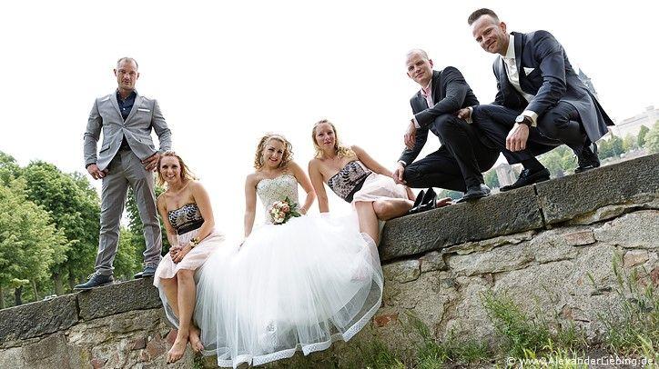 Hochzeitsgeschichte von Ioanna & Christian - eine Hochzeit im Standesamt Magdeburg / Gartenhaus im Stadtpark