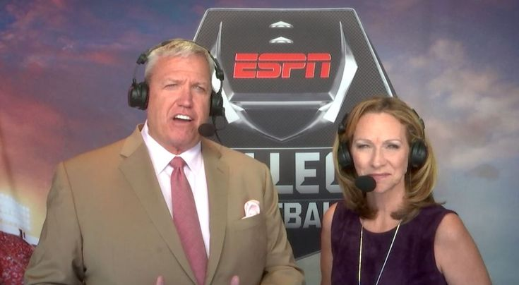 ESPN's Beth Mowins to Call Monday Night Football Game - First Female Broadcaster to Call an NFL Game Since 1987