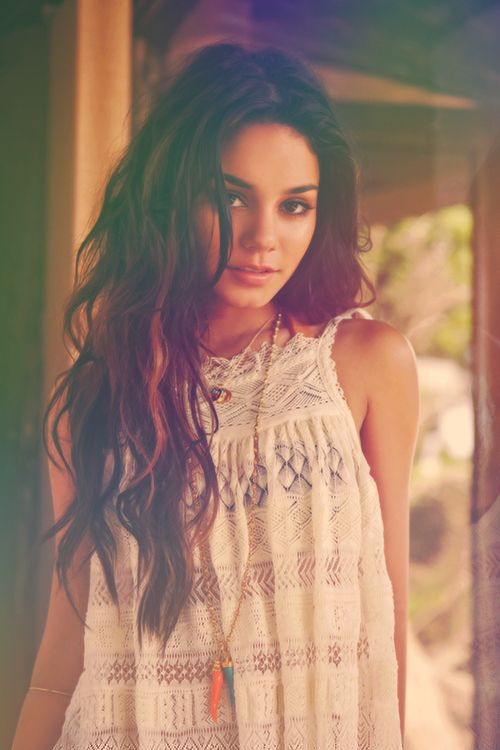 men like moomoo's if thats what it is.: Vanessa Hudgens, Hairstyles, Fashion, Hair Styles, Beautiful, Beauty, Vanessahudgens, People, Hair Color