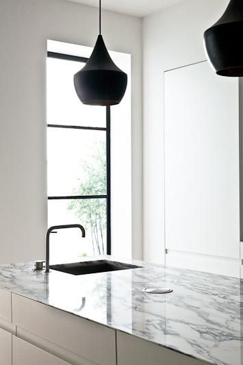 Kitchens Interiors, Dixon Pendants, London Terraces, Black Terraces, Black Taps, Interiors Design, Williams Smalley, Black Lights, Smalley Architects