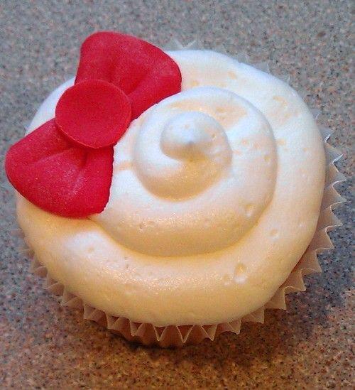 Hello Cupcake.: Bow Cupcakes For, Food, Diy Hello Kitty Cupcakes, Birthday Cupcakes, Kitty Party, Bows, Hellokitty, Dessert, Birthday Party