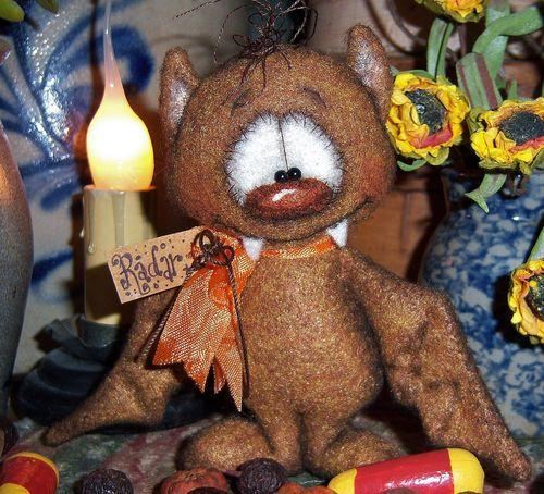 "Primitive Halloween Brown Vampire Bat Bear 4"" Doll Vtg Patti's Ratties Ornie"