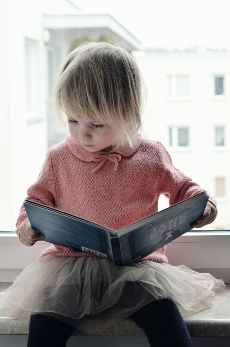 Reading Love//  reminds me of memories of my daughter reading when she was little, Precious