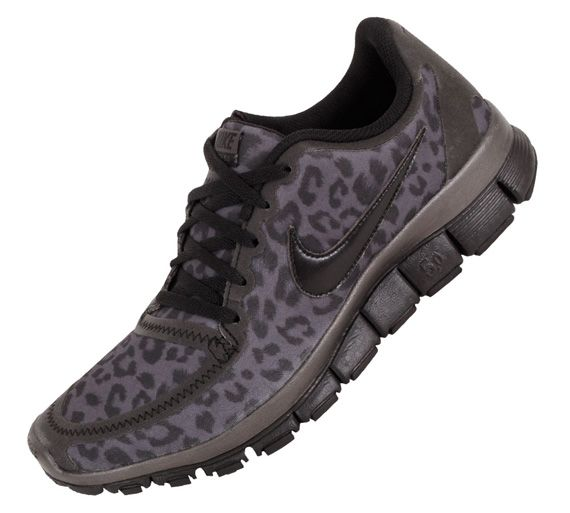 Oh my.. leopard print Nikes!