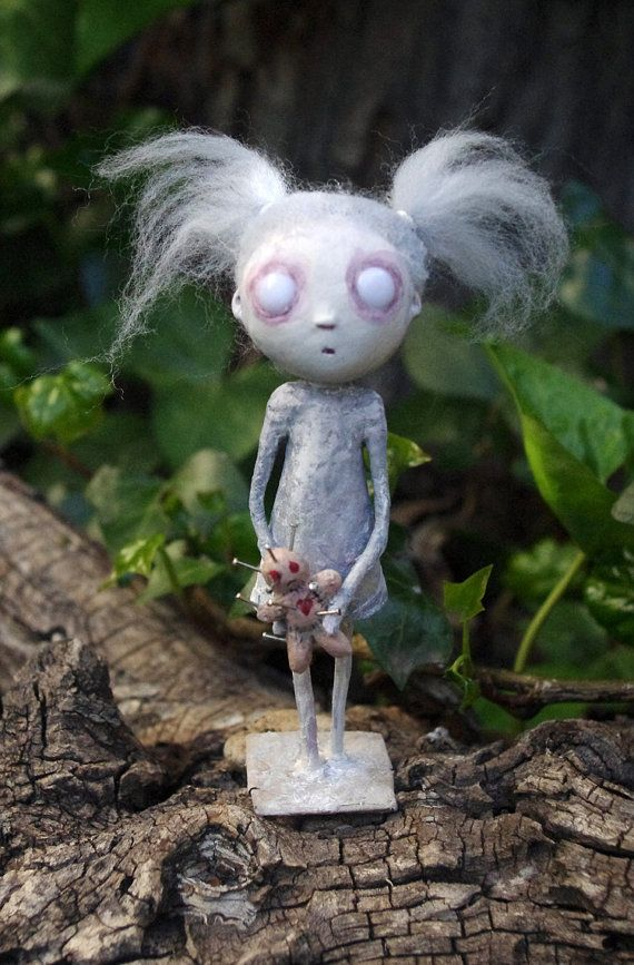OOAK - Ilora zombified girl. Paper clay Art Doll. Little doll. Gothic Art doll. White goth doll. Zombie doll.