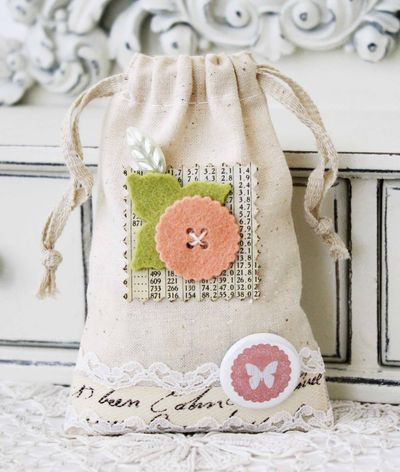 Felt-Embellished Canvas Bag by Melissa Phillips for Papertrey Ink (February 2013)
