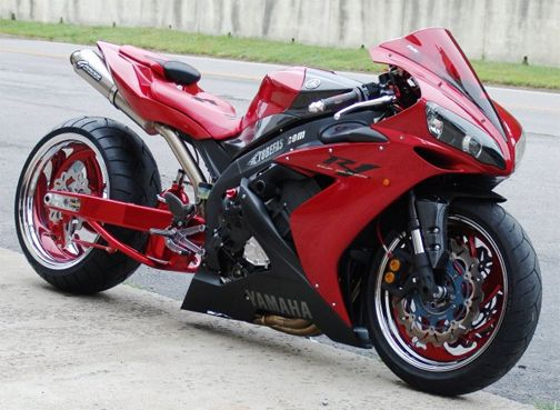 yamaha motorcycles - Google Search: If I stretch my bike this is exactly how I would want it to look!