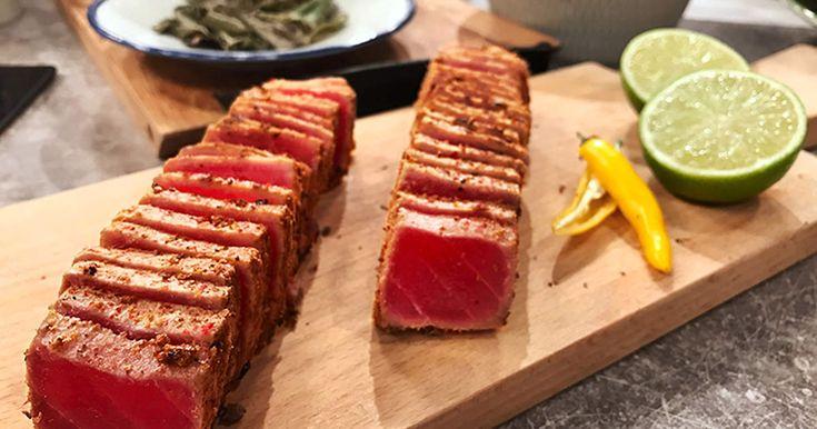 Halstrad tonfisk är en riktig delikatess. Denna smaksätts med koriander, rosépeppar och havssalt och passar fint i fisktacos till exempel.