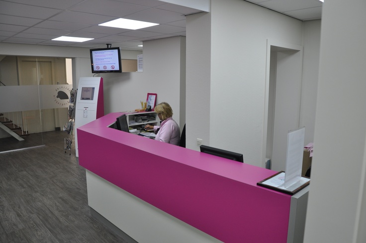 Orthoclinic practice in Middelburg Loskade 29 4331 HW Middelburg  The Netherlands/Holland    www.orthocenter.nl    pink * fuchsia * dentist * tandarts * orthodontie * orthodontics * beugel